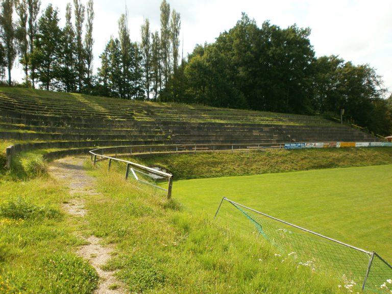 Waldstadion Kaffeetälchen, Tiefenort