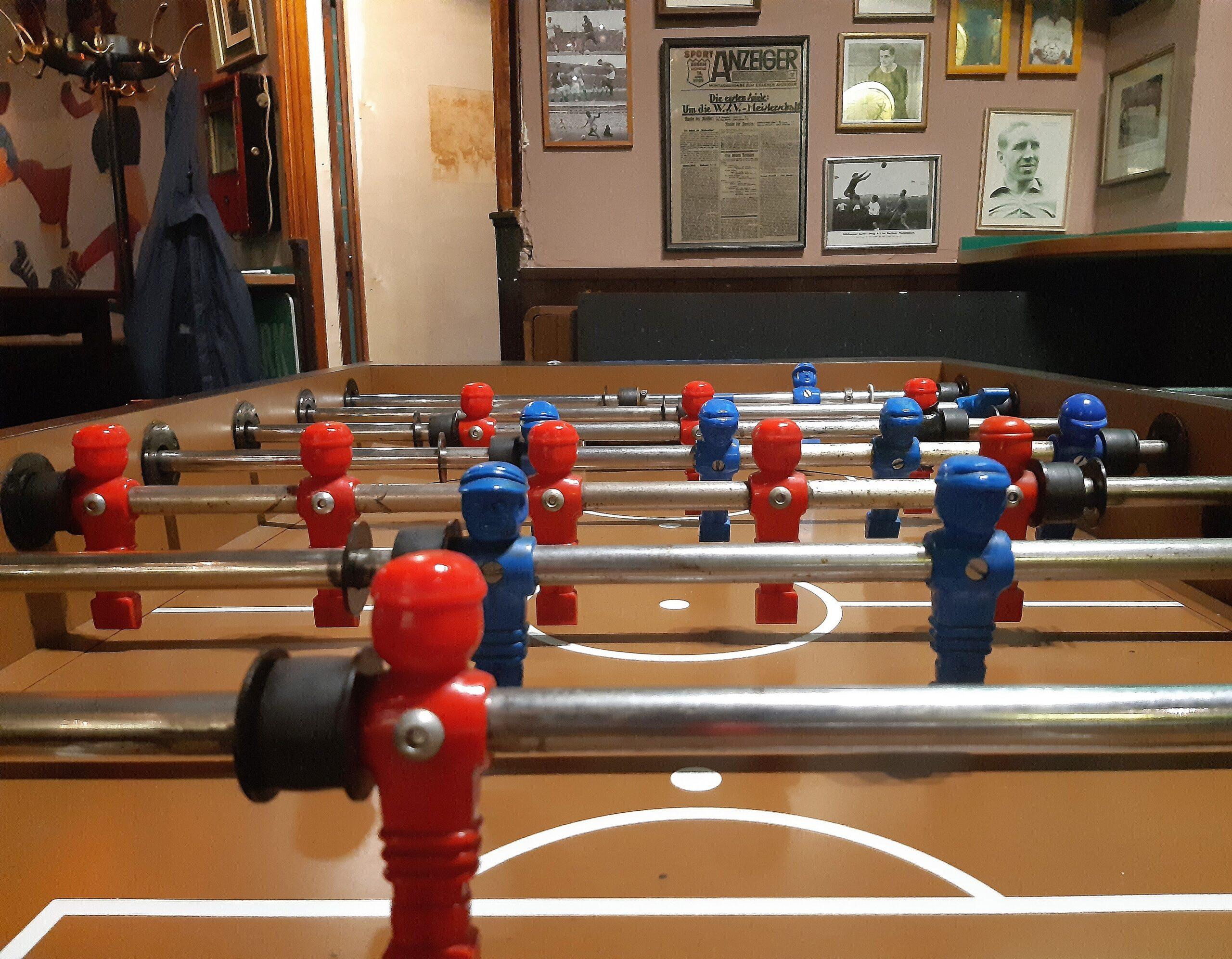 Inzwischen kann man auch Tischfußball in der 11 Freunde-Bar spielen