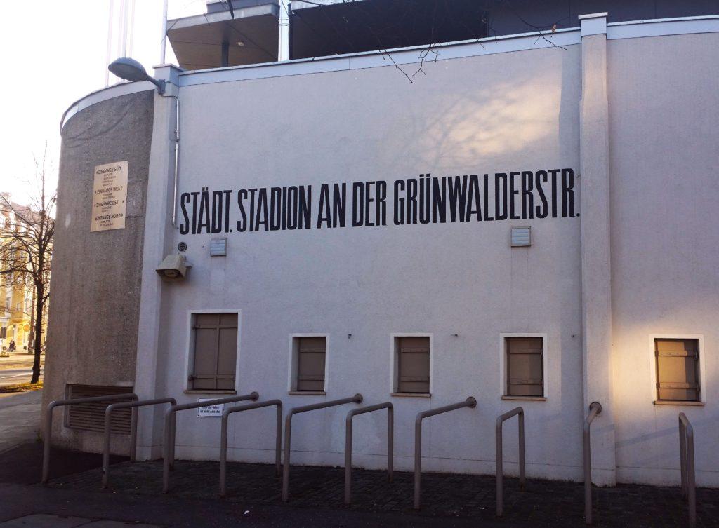 Anzeigetafel im Sechzger, München