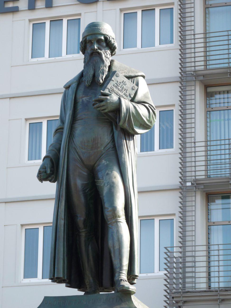 Gutenberg-Denkmal Mainz: Dieter Schütz - pixelio.de