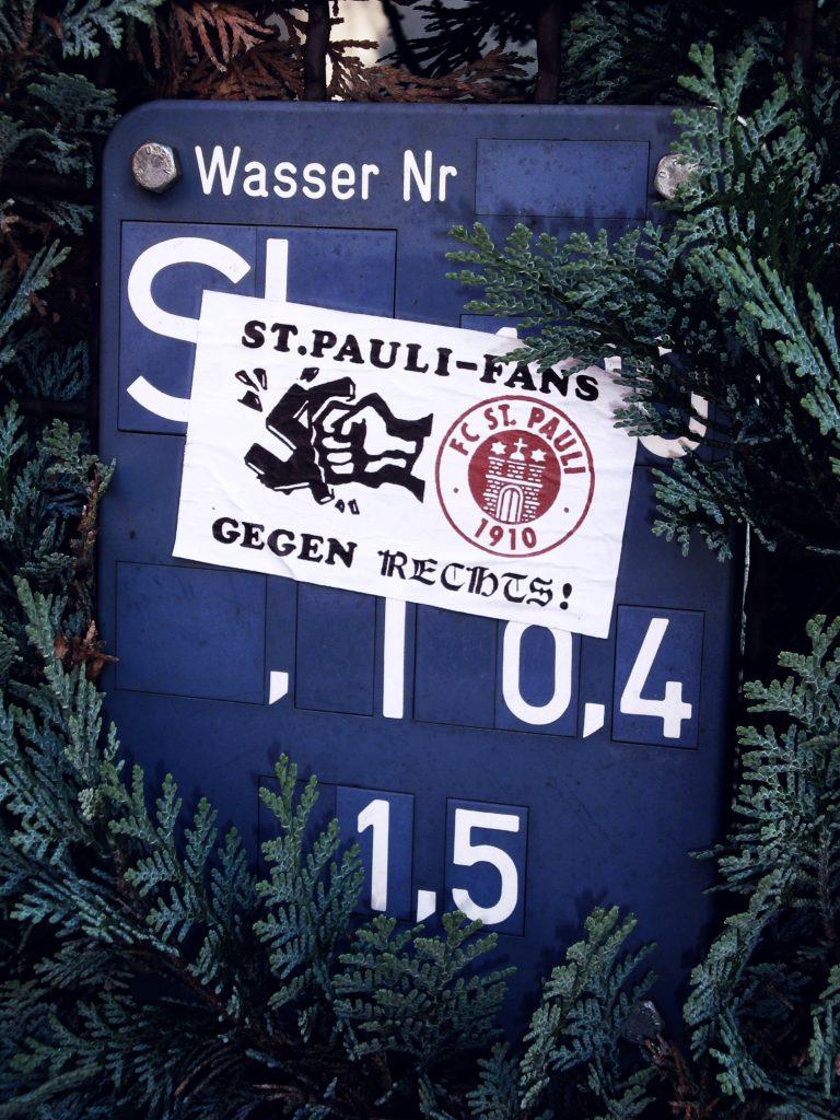 Klappflutlichtmast, Potsdam-Babelsberg