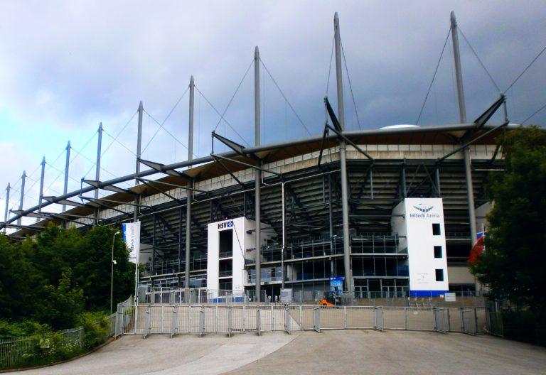 Direkt nebenan: Das Volksparkstadion des Hamburger SV