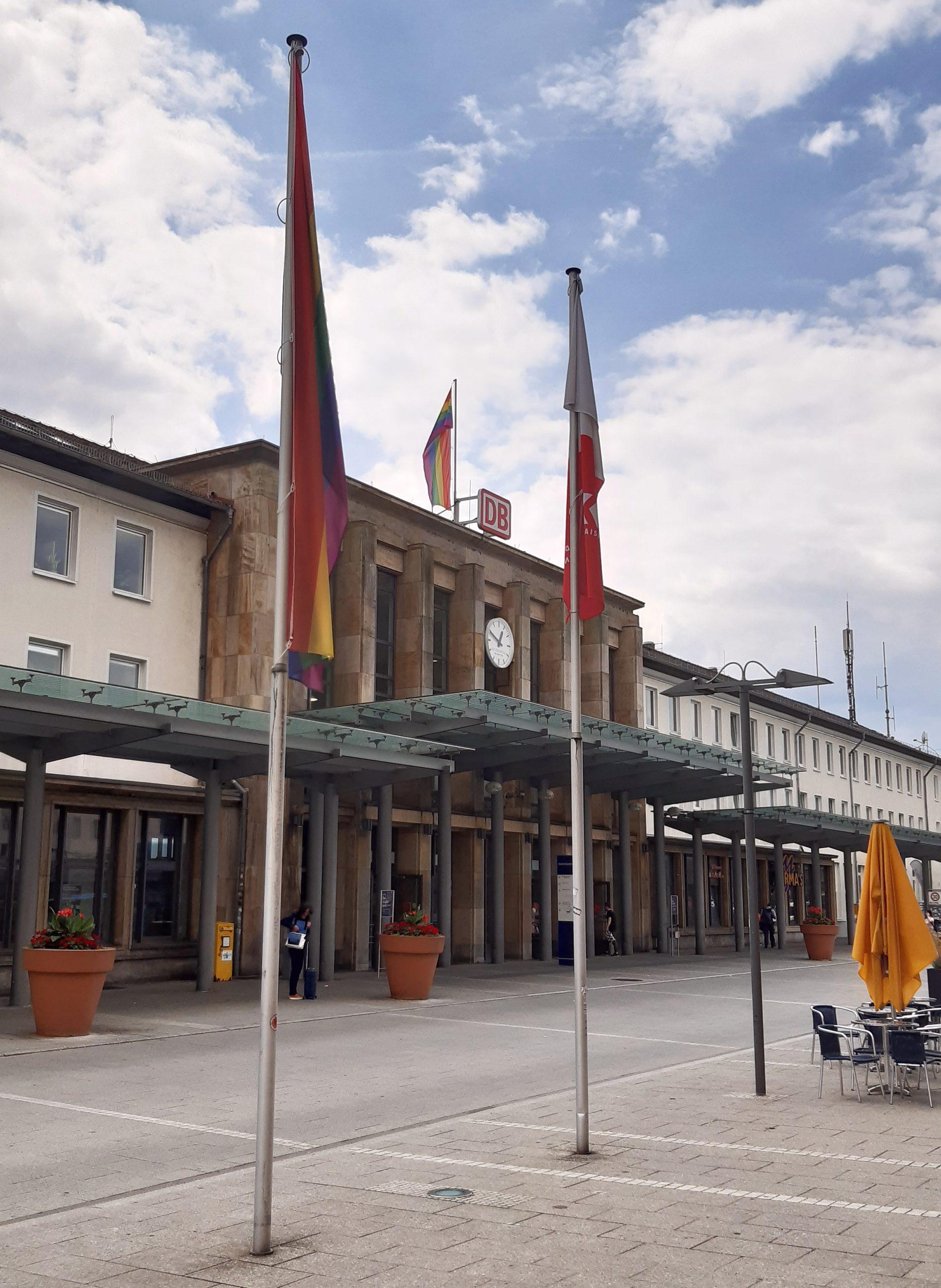 Das Eingangsportal des HBF Kaiserslautern